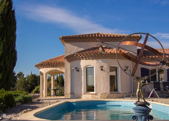 Vacation rental France, Languedoc-Roussillon, Oupia villa Rose Vallea villa with pool France