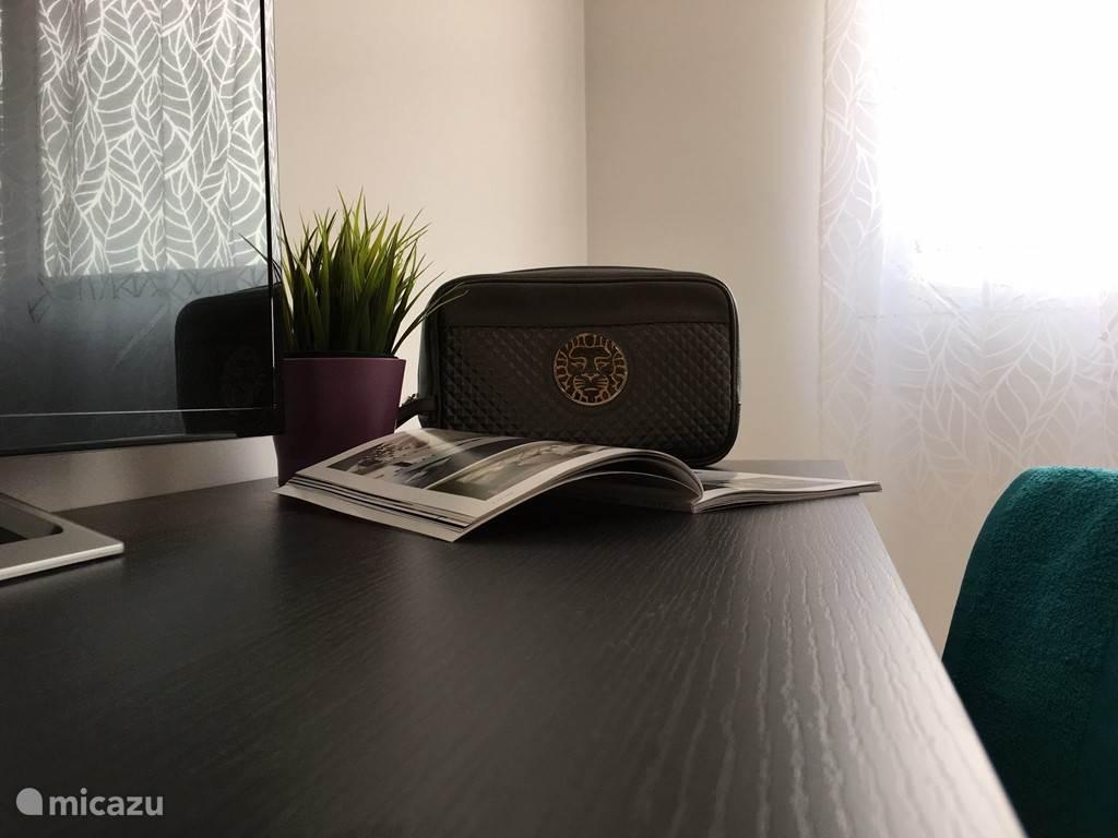 Bureau, SmartTv