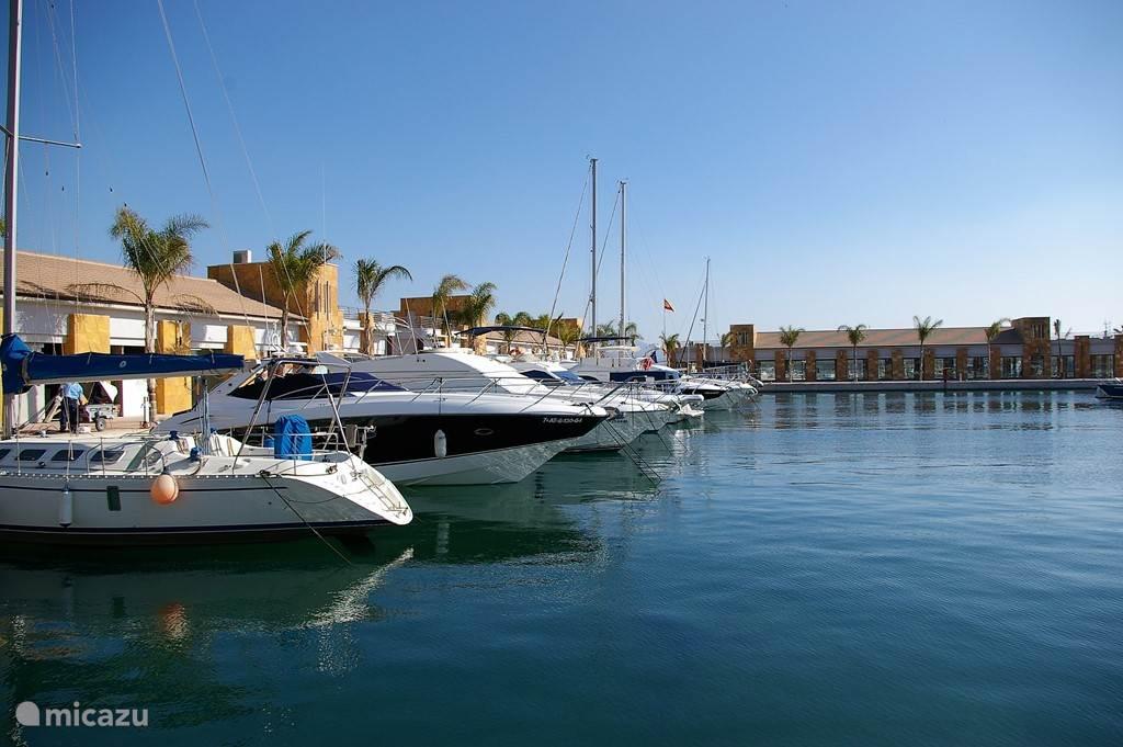 boulevard en jachthaven