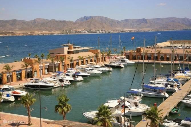 mooie jachthaven in Puerto de Mazarron