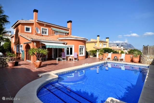Zwemmen, Spanje, Costa Blanca, Gata de Gorgos, villa Villa Marijke