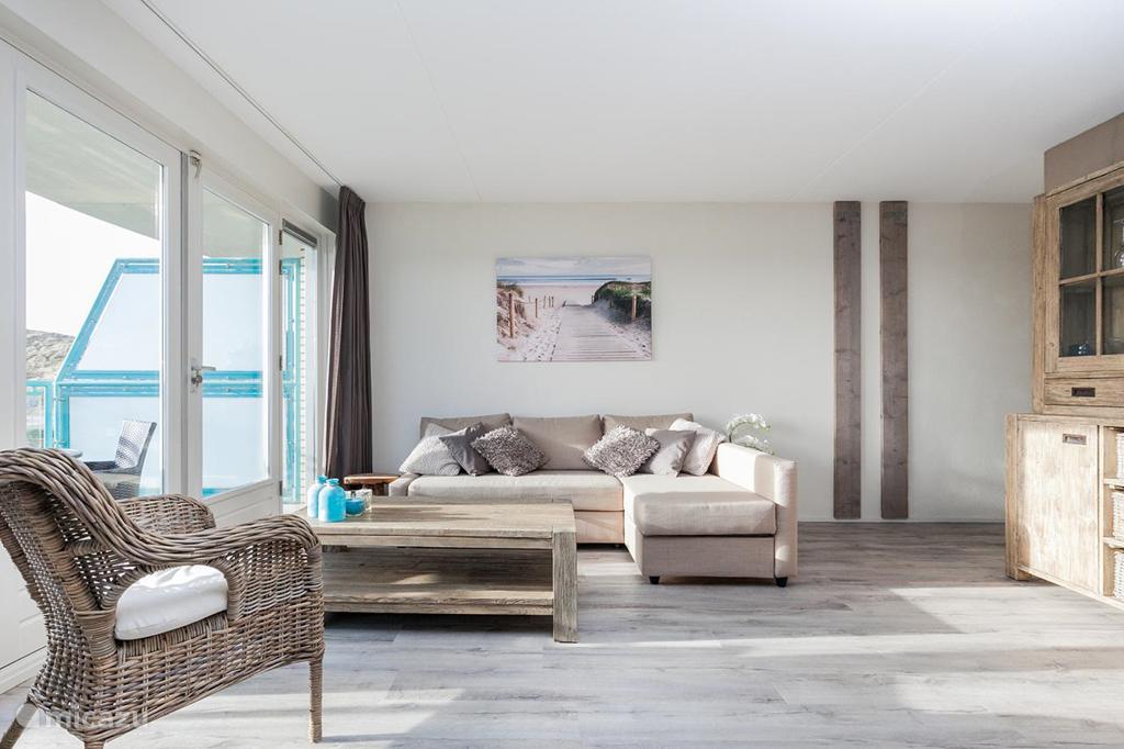 """Vakantiehuis Nederland, Noord-Holland, Julianadorp aan Zee Appartement """"Casa Brownie"""" Strandslag appt."""
