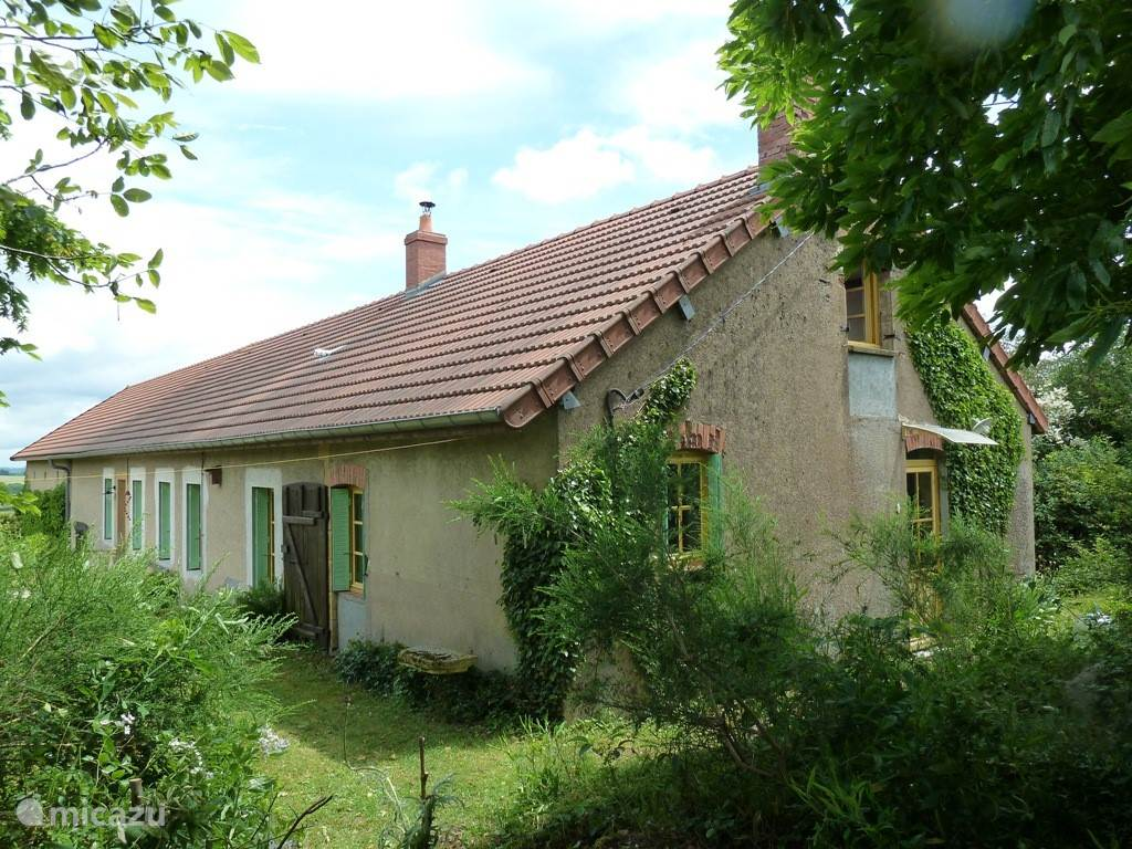 Vacation rental France, Burgundy, Uxeau farmhouse Gite Le Pavegnon