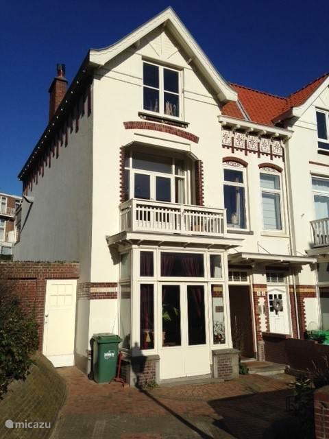 Vakantiehuis Nederland, Zuid-Holland, Scheveningen appartement Zeeweg appartement