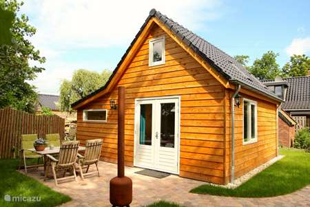 Vacation rental Netherlands, Groningen, Lettelbert cabin / lodge At the Diepje 4-person ecolodge
