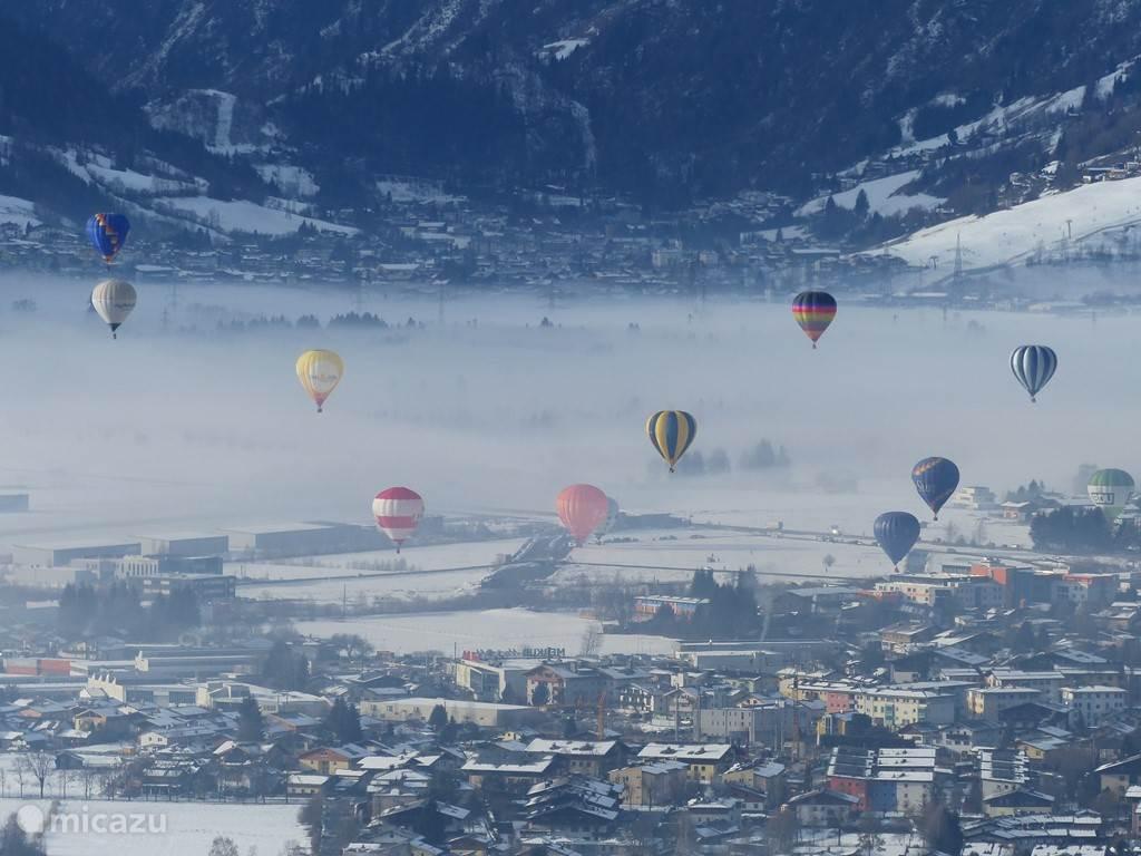 Ballonnendag vanaf het vliegveldje in Suttdorf