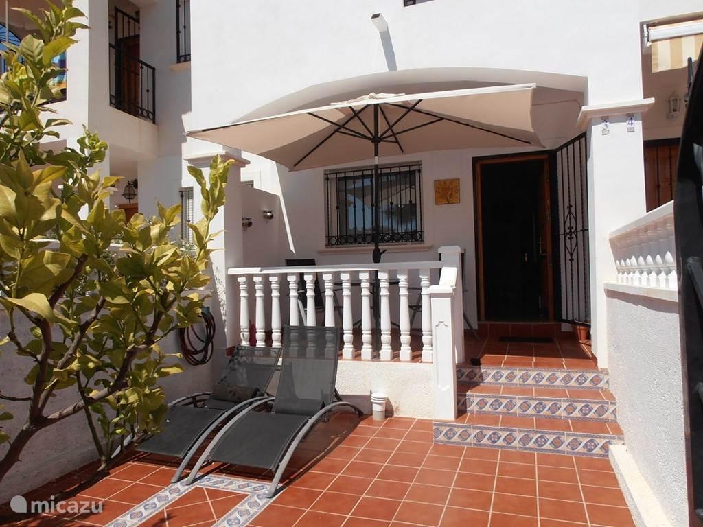 Vakantiehuis Spanje, Costa Blanca, Orihuela Costa Vakantiehuis Gezellig huisje aan zwembad
