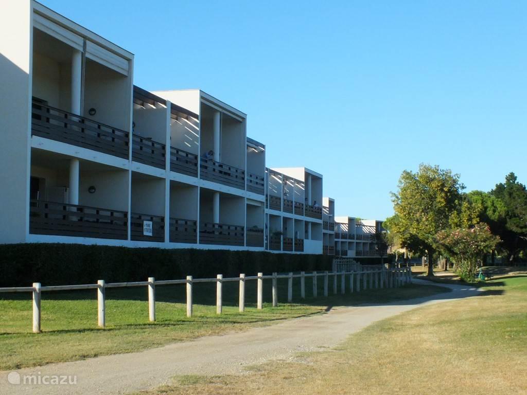 Vacation rental France, Languedoc-Roussillon, Saint-Cyprien Plage - apartment Golf Clair