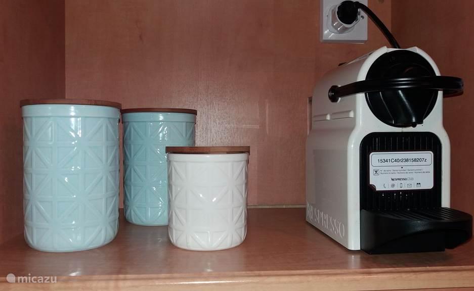 Suiker, Koffie, thee, Nespresso apparaat