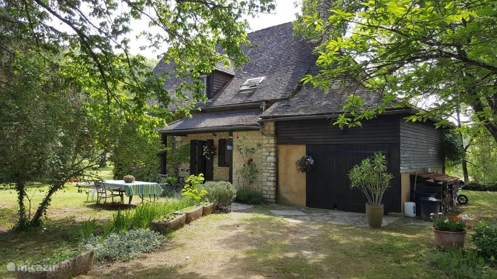 Vacation rental France, Dordogne, Bouzic villa Maison Le Douzou