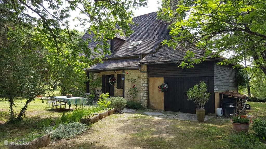 Vacation rental France, Dordogne, Bouzic - villa Maison Le Douzou