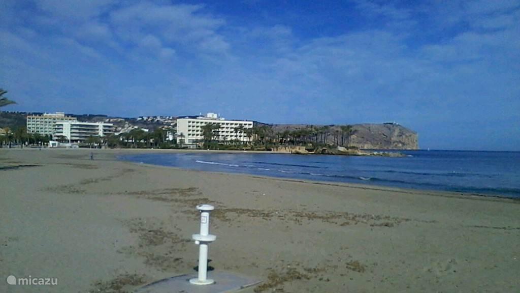 Stranden nabij