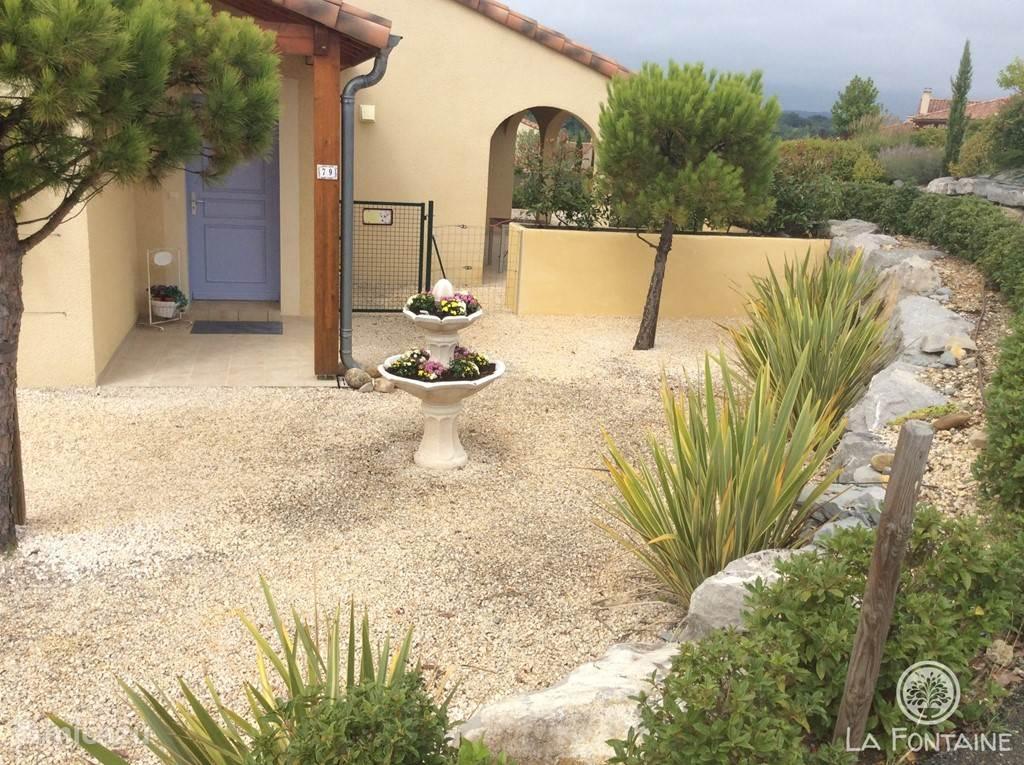 2 terrassen - schaduw of zon!