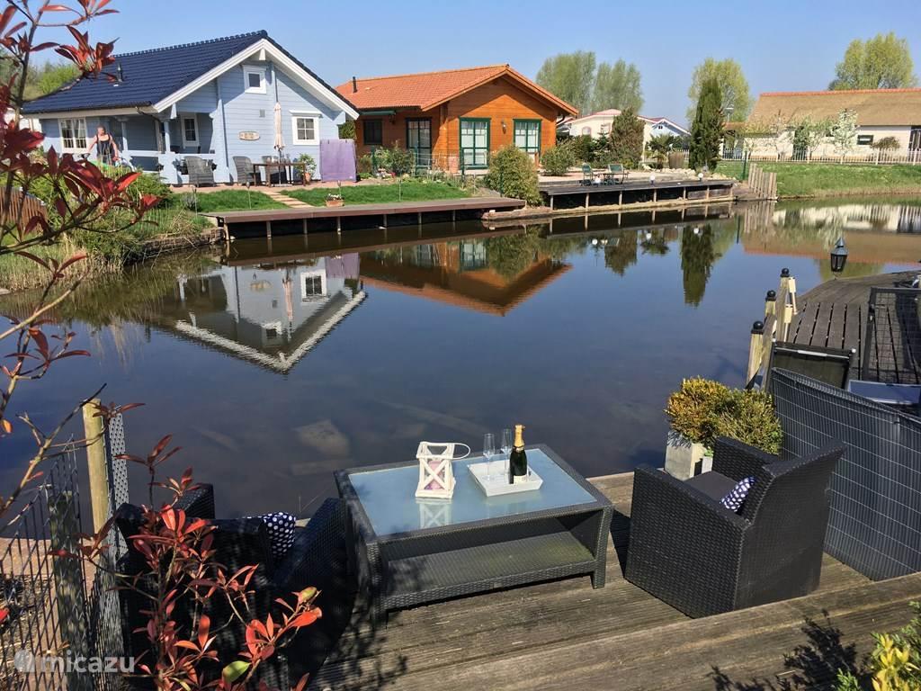 Vakantiehuis Nederland, Zeeland, Sint Annaland chalet Direct aan zee, De Poort van Zeeland