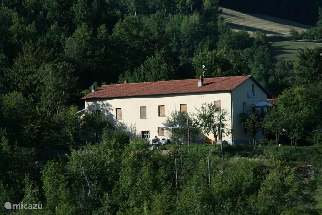 Vakantiehuis Italië, Piëmont, Paroldo - vakantiehuis Cascina Sbria, appartement Nocciola