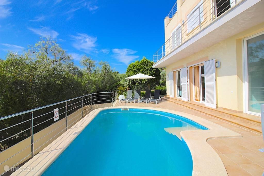 Vakantiehuis Spanje, Mallorca, Alcúdia - villa Spectaculaire Villa met Zeezicht