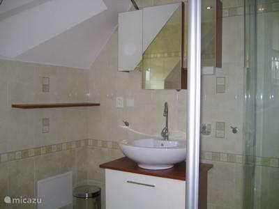 Inloopdouche badkamer 1ste verdieping