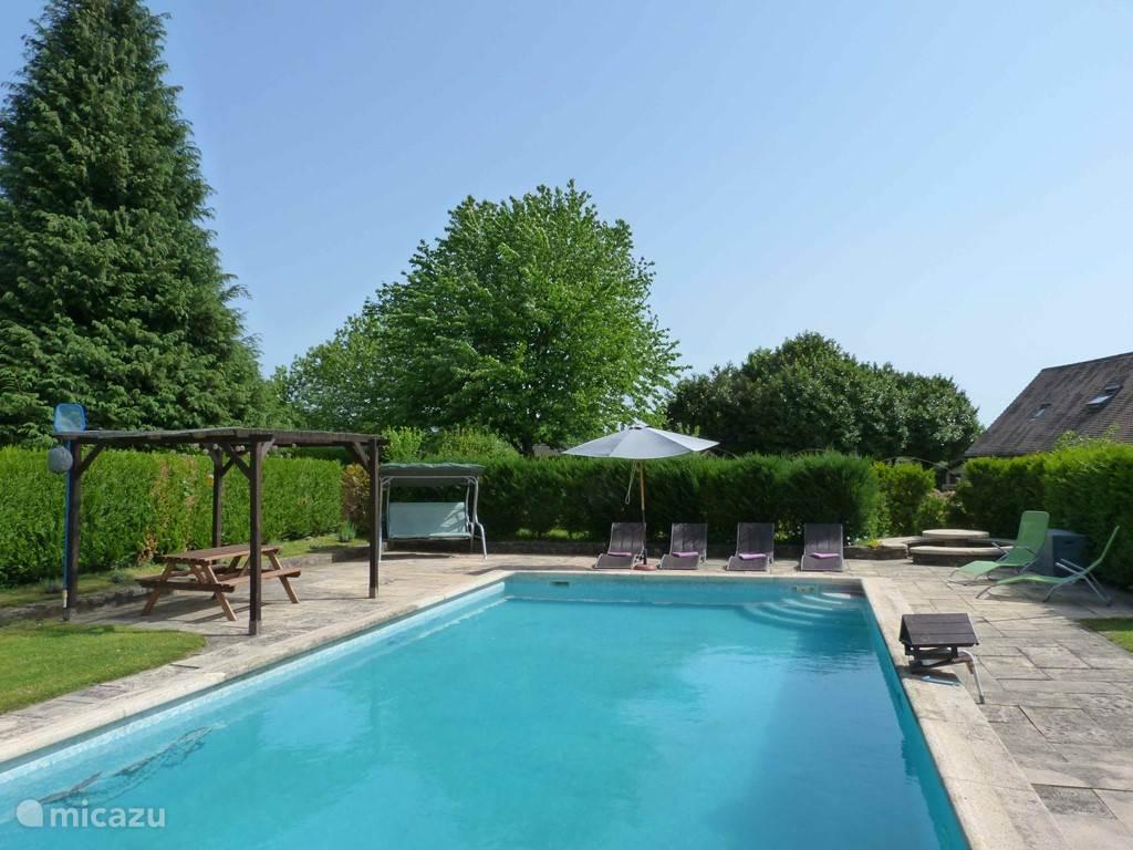 Der private Pool, 10m x 5m - La Fermette ausschließliche Verwendung der Gäste (nicht beheizt)