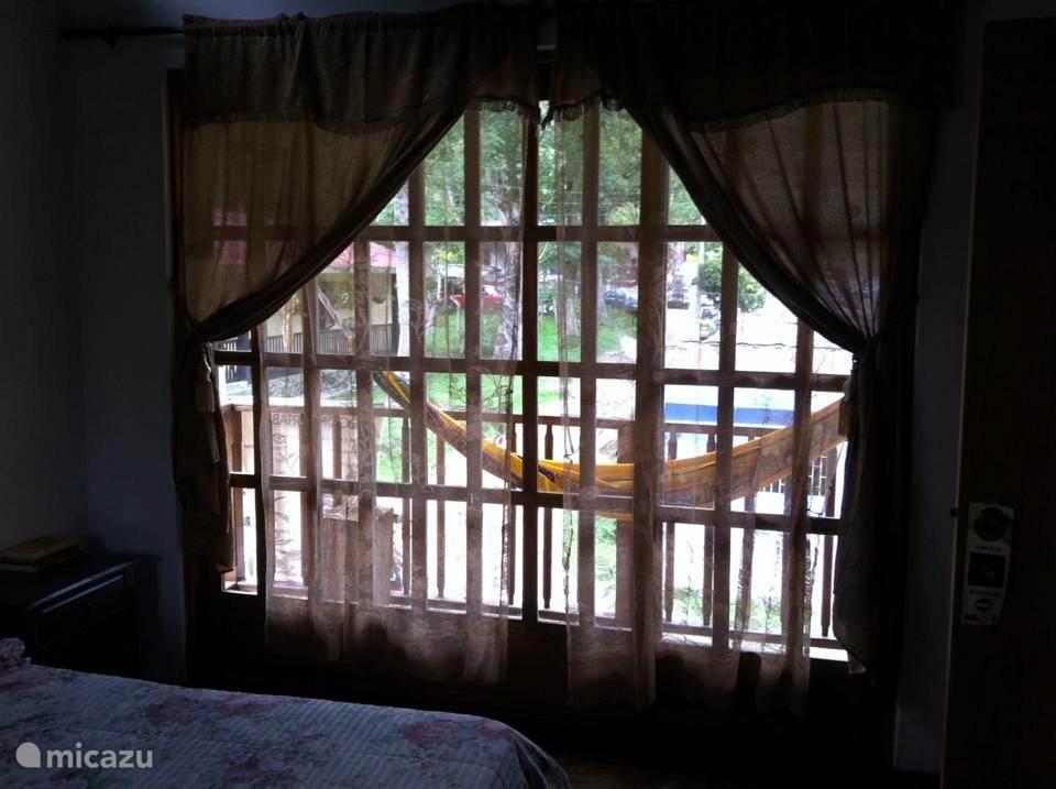 balkon 2 vanuit slaapkamer