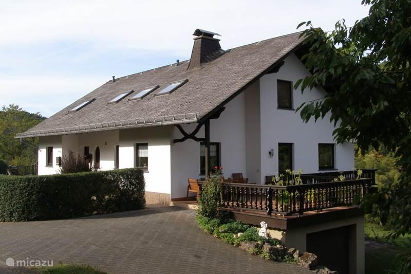 Ferienwohnung Deutschland, Eifel, Lasel Ferienhaus Ferien Eifel. Nimsdal.