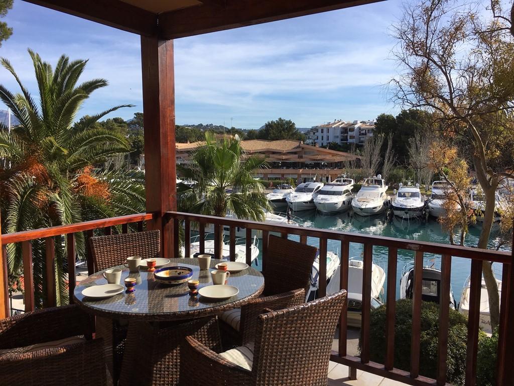 Wegens annulering: prachtig 4 persoons appartement met gez. zwembad in Santa Ponsa, Mallorca. Van 25 Juni tot 7 Juli vrij, van 114€ voor 95€ per dag.
