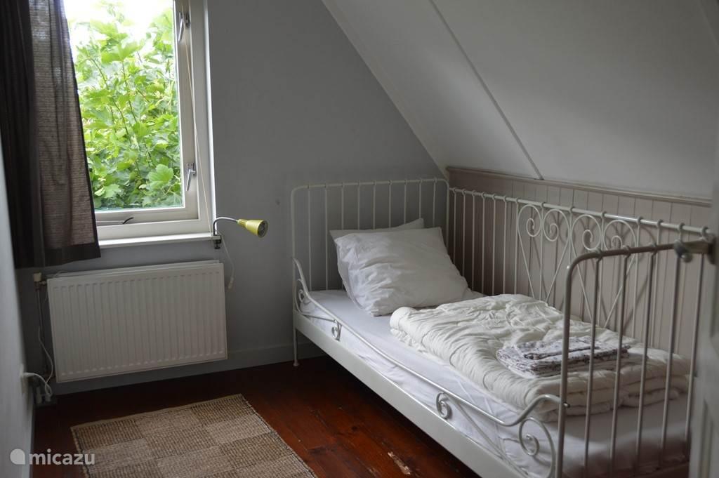 Slaapkamer 3 voor 1 persoon.
