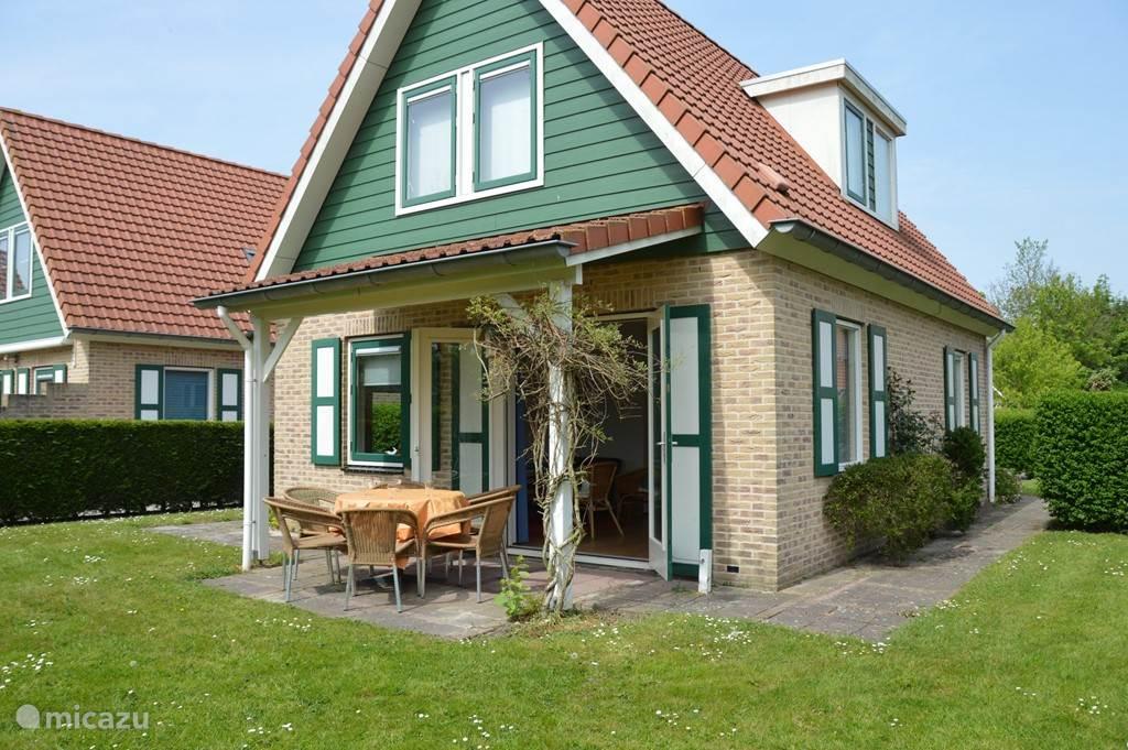 Vakantiehuis Nederland, Zeeland, Zonnemaire - bungalow De Bonte Piet
