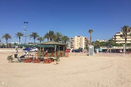 Vakantiehuis Spanje, Costa Dorada, La Pineda appartement Aan het strand / La Pineda