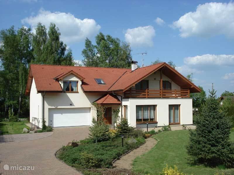 Vakantiehuis Tsjechië, Midden-Bohemen – villa Villa in Kamenice bij Praag