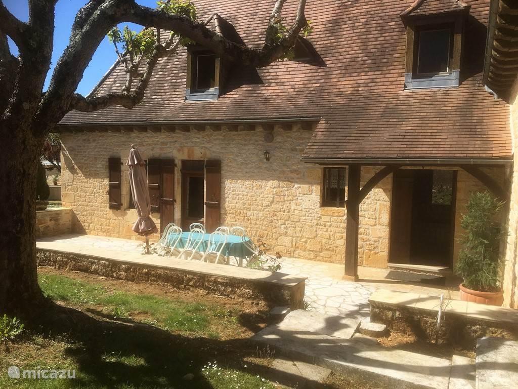 Vacation rental France, Dordogne, Salignac villa Rouzade