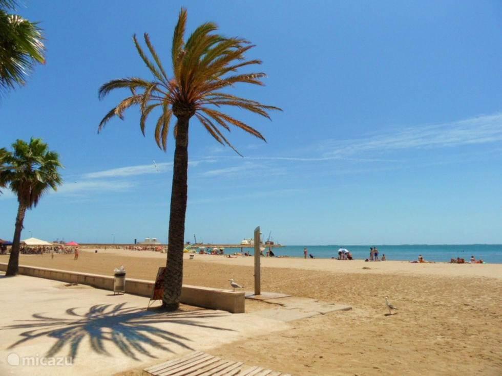 Vakantiehuis Spanje, Costa Dorada, Sant Carles de la Ràpita Stadswoning Frisia vacaciones / Casa Laila