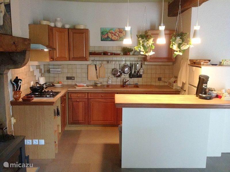 De keuken is voorzien van alle gemakken!