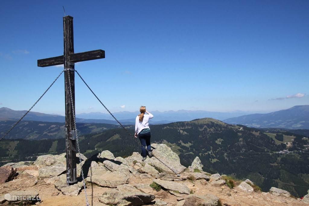 Heerlijk wandelen en bergtoppen beklimmen