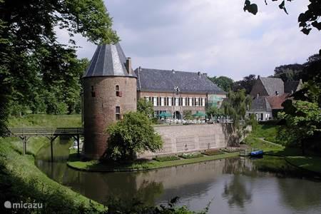 Kasteel huis Bergh in het stadje s'Heerenberg