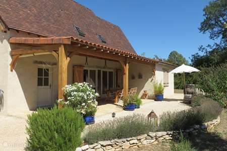 Vacation rental France – holiday house Joie de vivre