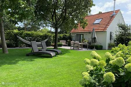 Vacation rental Netherlands – holiday house Bed & Breakfast Heitse