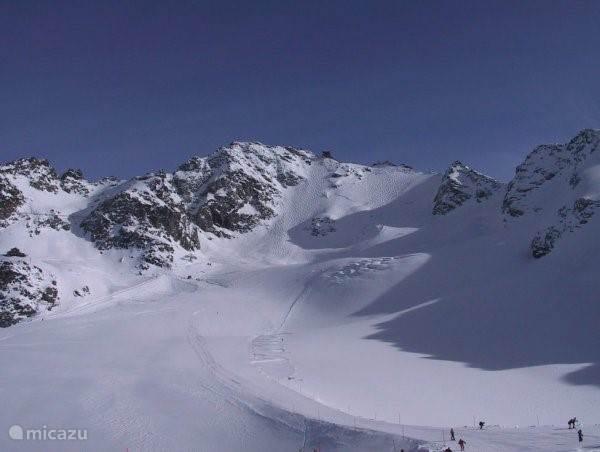 Montfort met lift naar 3300 m.