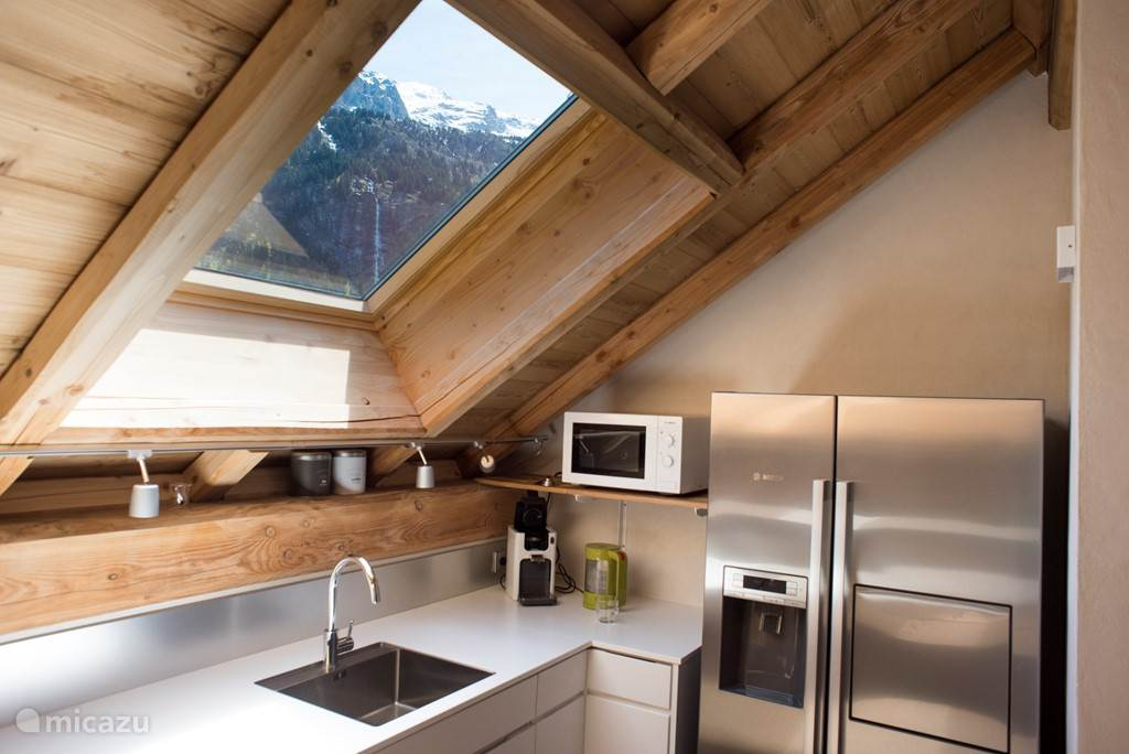 keuken met dakraam