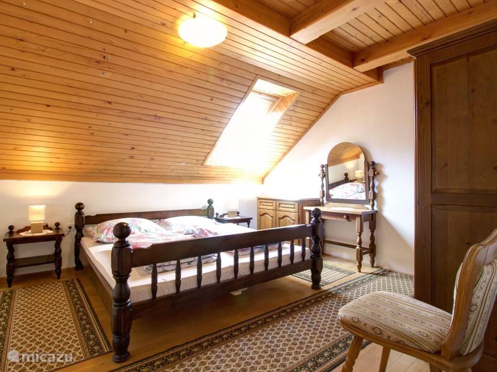 Slaapkamer 2 bed: 180x200