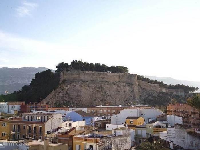 Het kasteel vanaf het balkon gezien