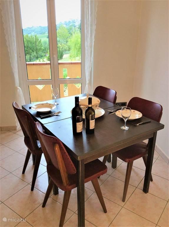 Vakantiehuis Italië, Marche, Carassai Appartement Casa MiYo appartement Uccelli