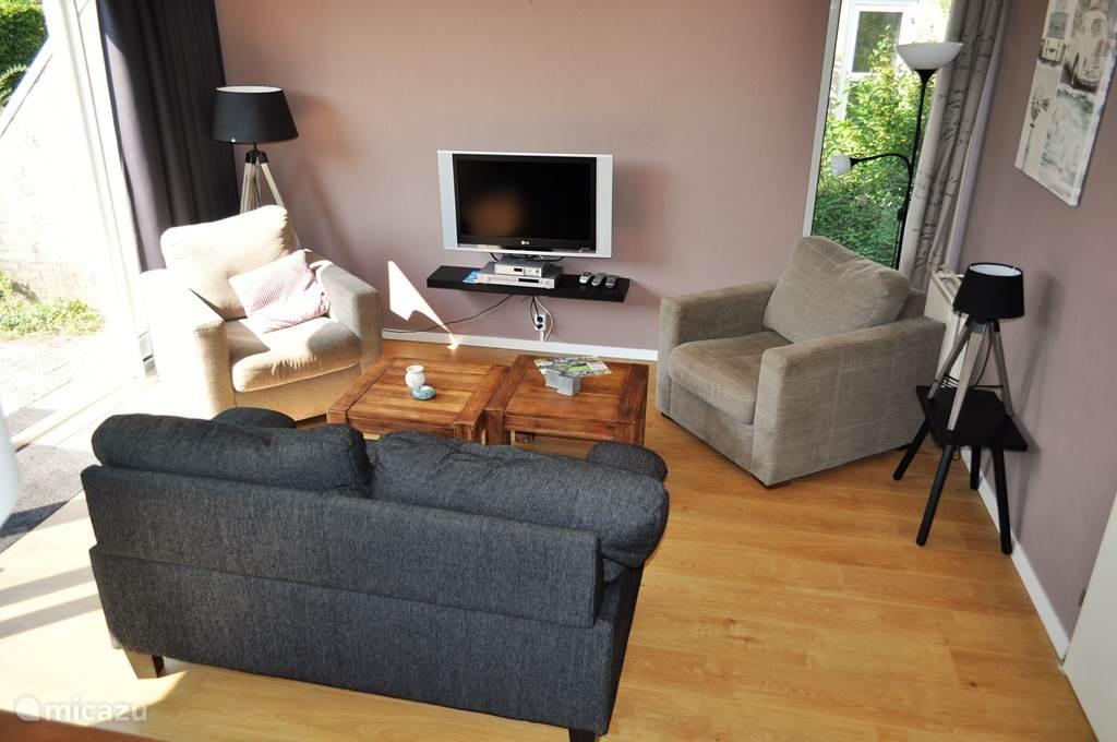 De gezellige en ruime woonkamer