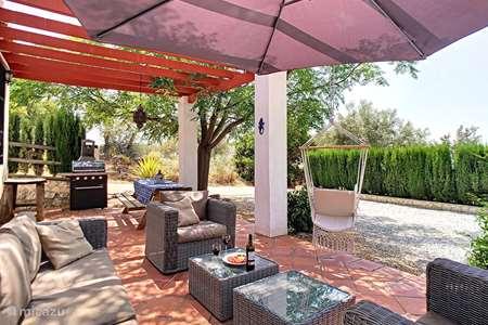 Vakantiehuis Spanje, Andalusië, Canillas de Aceituno bungalow Casa Lobera Ciprés