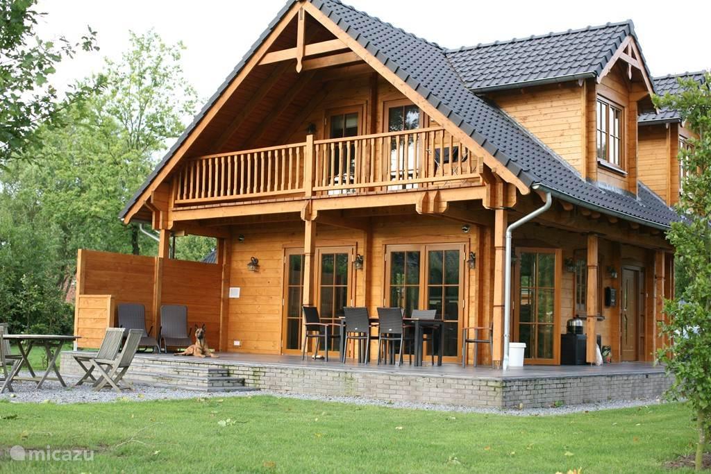 Vacation rental Netherlands, Overijssel – holiday house Wooden villa Albert