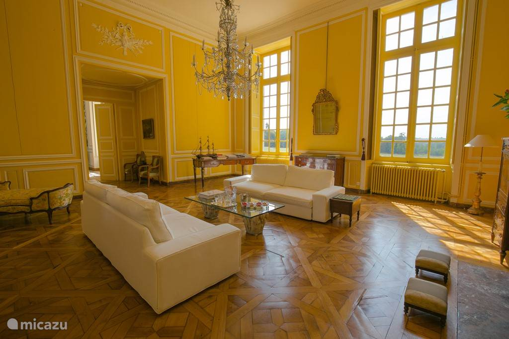 Gele salon