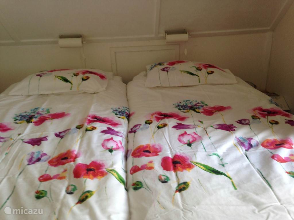 Ouder slaapkamer, 2 x 1 pers.bed 200x90 cm