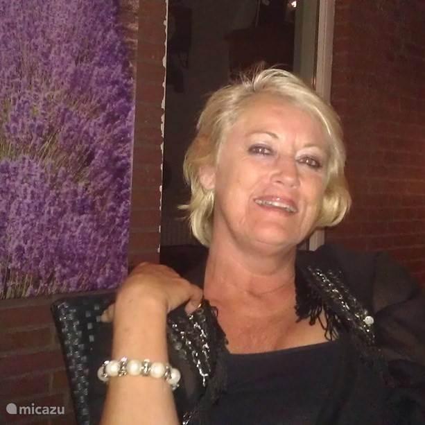 Ingrid Prins