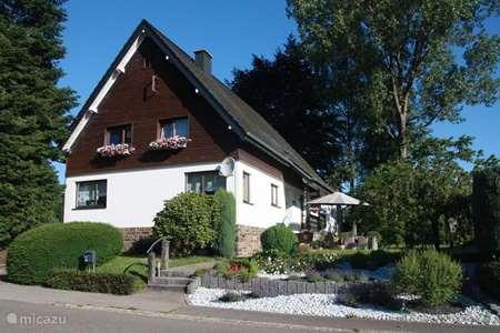 Vakantiehuis België, Ardennen, Amel gîte / cottage Am Schänzjen
