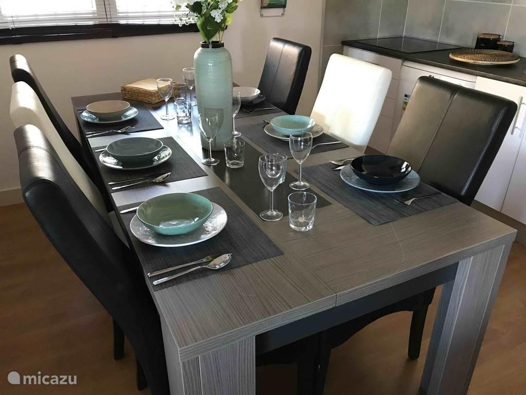 Appartement Amandel Dining