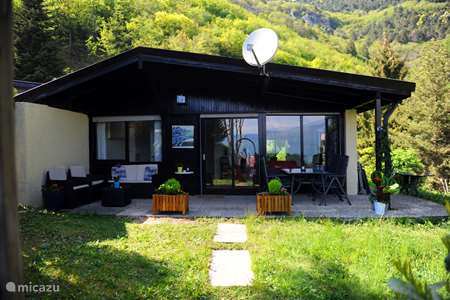 Vacation rental Italy – bungalow Holiday Bungalow Sunclass Tignale